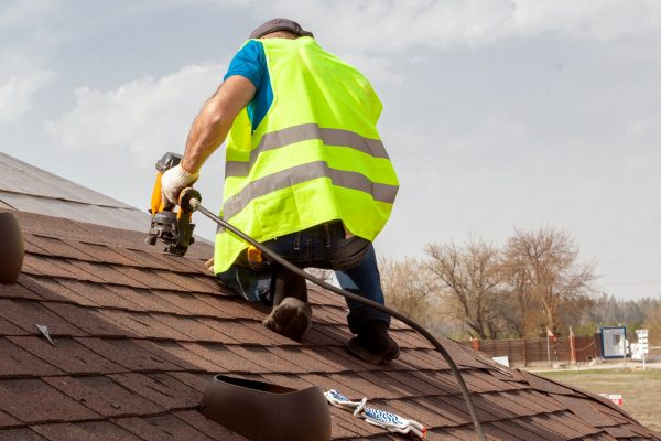 The Reasons You Should Let Professionals Handle The Roofing Issues