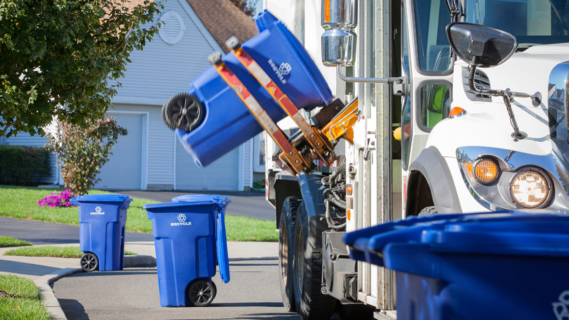 The Advantages of Using Waste Management Services