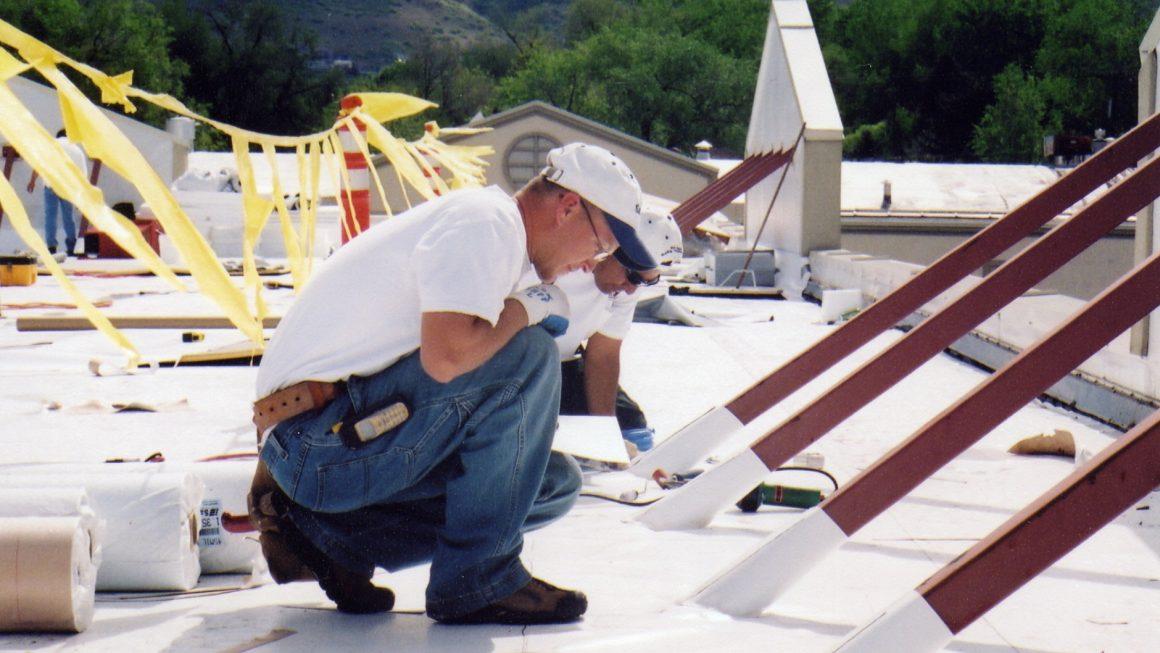 Commercial Roof Maintenance: Proactive vs. Reactive