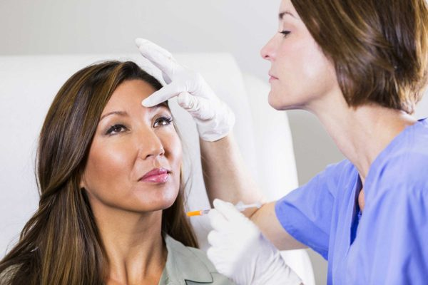 What a Dermatologist Treats?
