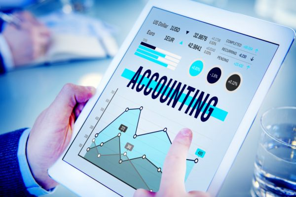 What Are The Pros And Cons of Using an Accounting Software