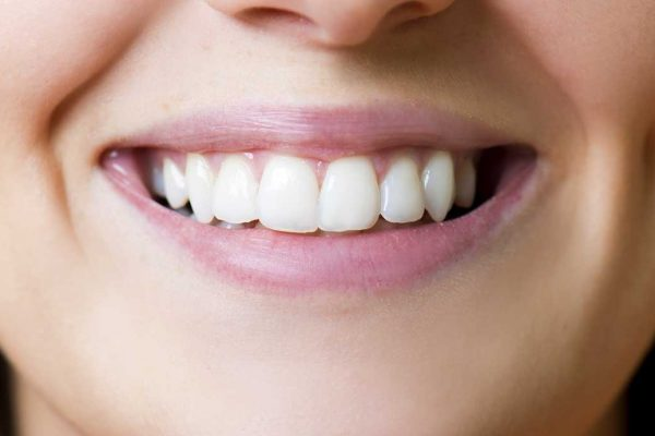 Here is How a Dentist Can Improve Your Smile