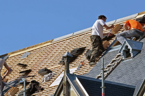 Why You Should Go For a New Roof Rather Than Repairing