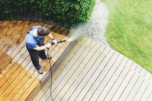 Things You Should Consider When Getting Pressure Washing Done