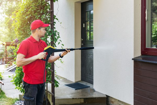 The Right Questions to Ask a Pressure Washing Company
