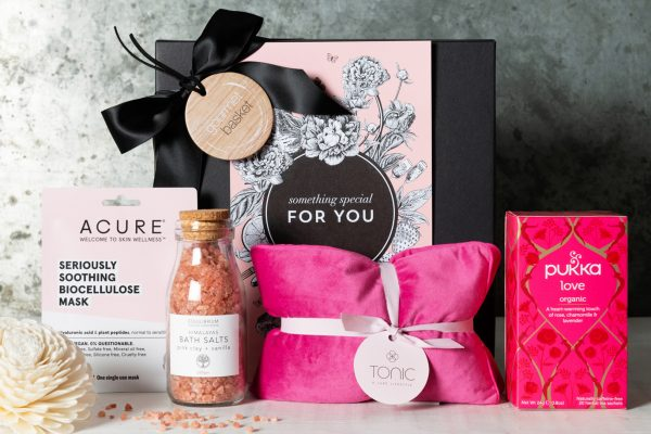 Things to Consider When Getting a Good Gift Hamper